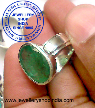 Emerald Birth Stone Ring for Man in Silver